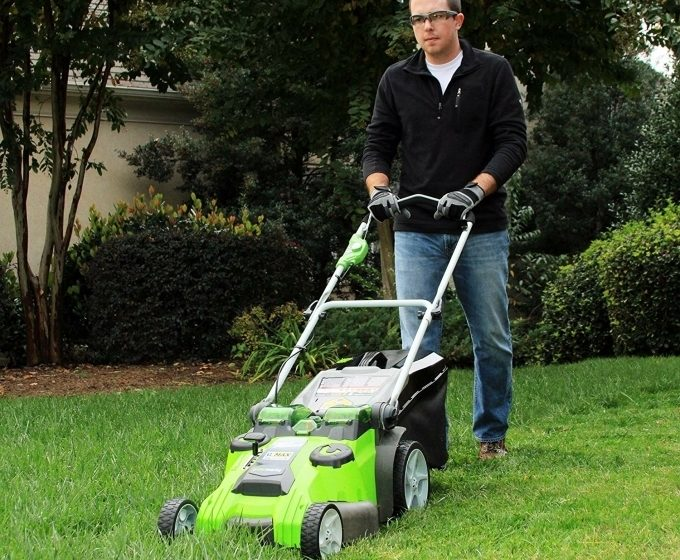 Greenworks Twin Force 40V 20-Inch Cordless Lawn Mower