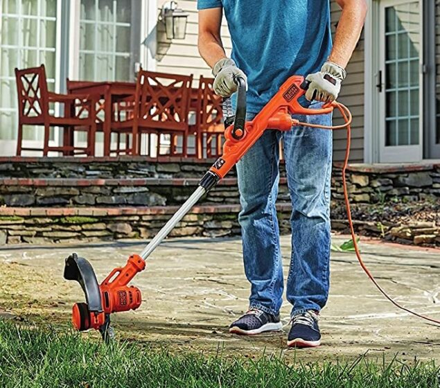 Black+Decker 6.5A 14-Inch Auto Feed String Trimmer-Edger