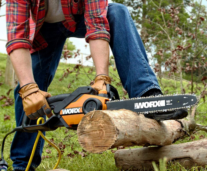 Worx WG303.1 14.5-Amp 16-In Electric Chainsaw